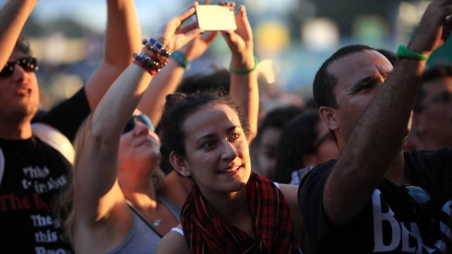 O público do 2º dia do Lollapalooza 2013