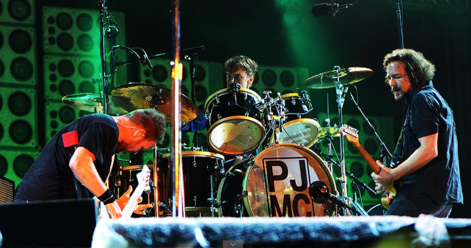 Pearl Jam encerra Lollapalooza 2013