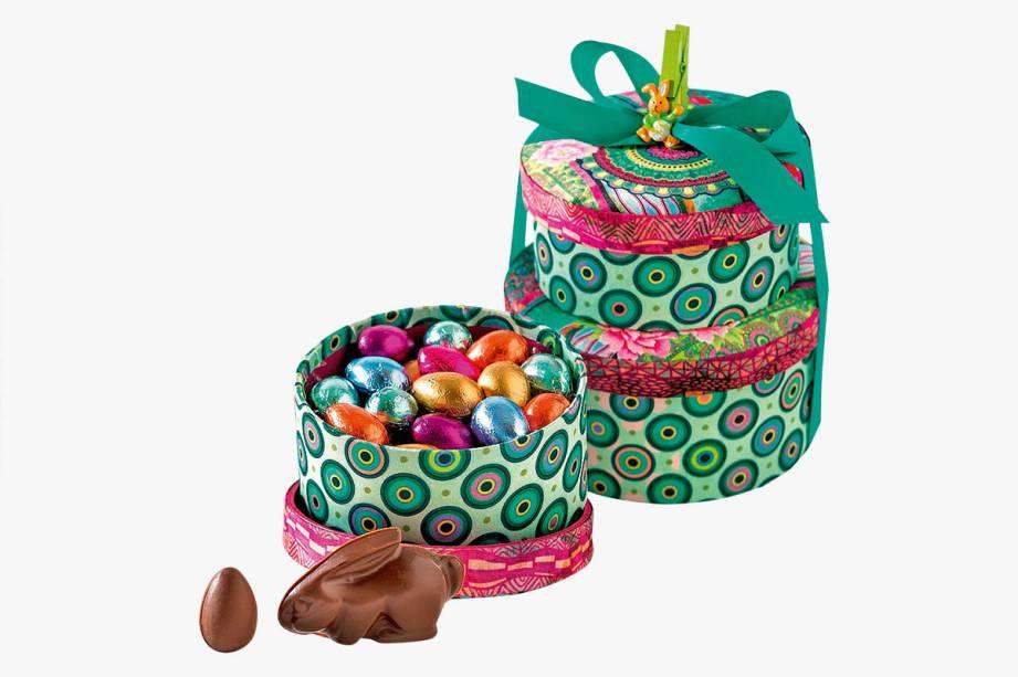 Conjunto de duas caixas com coelhos e ovinhos de chocolate: R$ 129,00