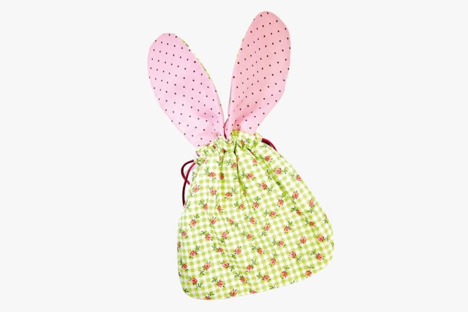 Saco de tecido estampado com orelhas de coelho: R$ 20,00