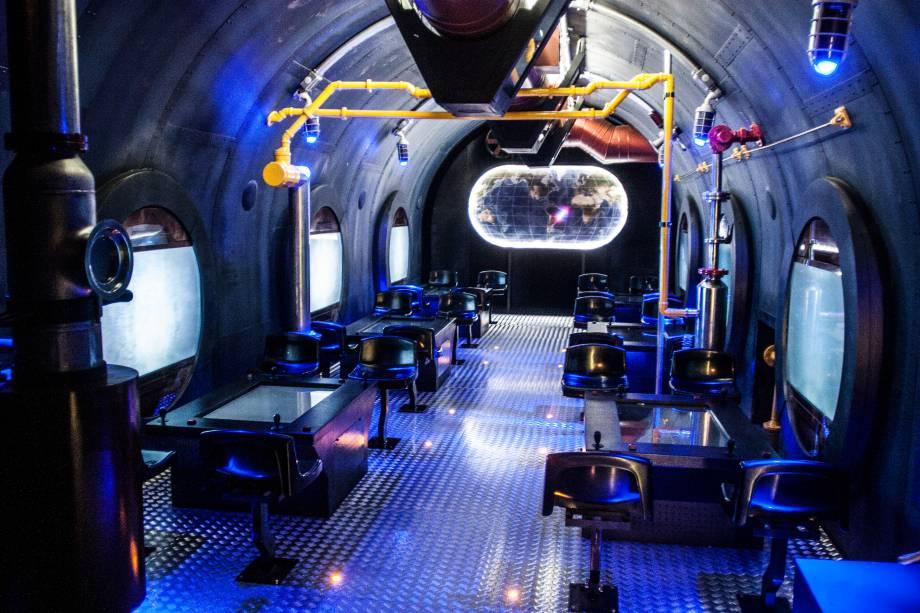 Já o submarino propõe uma aventura pelo fundo do mar