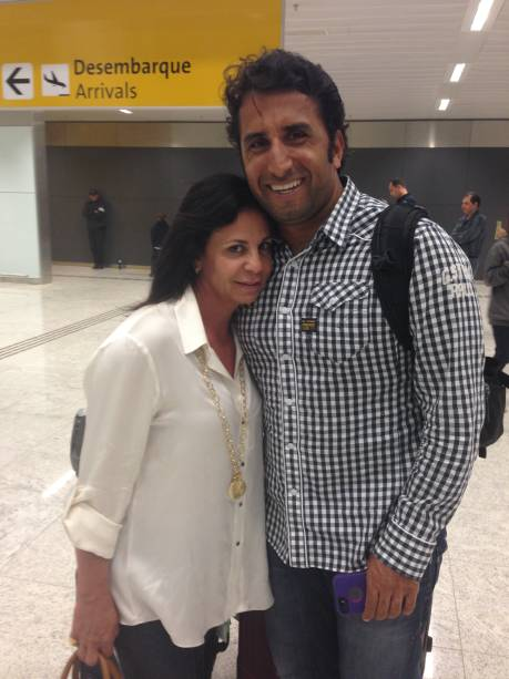 O casal Elizabete Pereira e Cláudio Oliveira discordaram na hora de avaliar o serviço do novo Terminal