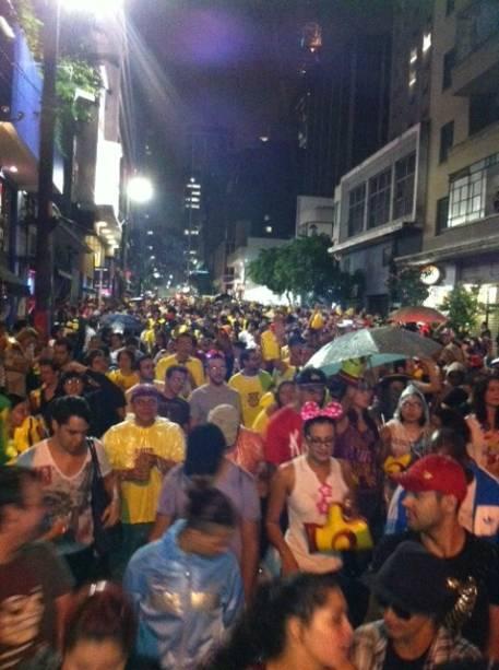 Cerca de 3 mil pessoas acompanharam a Banda do Trio Elétrico