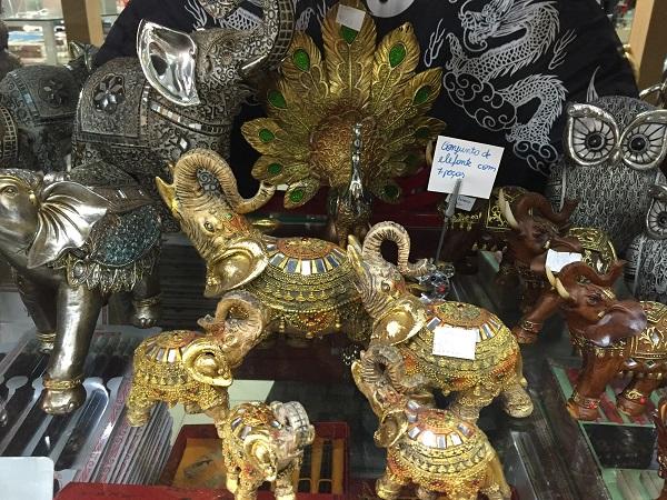Conjunto de elefantes com sete peças (139 reais)