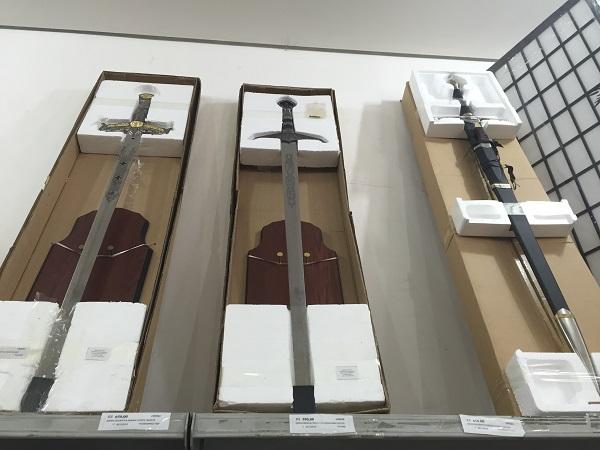 Escada decorativa samurai (de 590 reais a 650 reais)