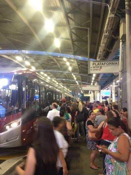 Tumulto na Estação Pinheiros