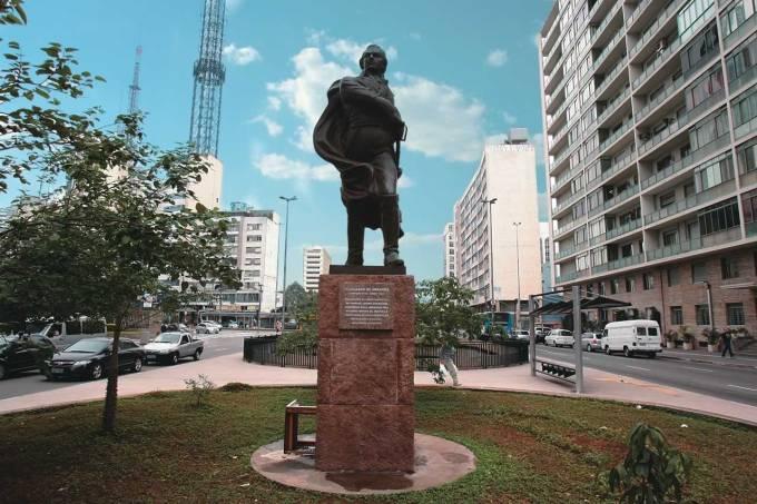 estatua018.jpeg