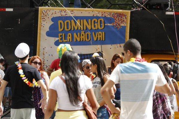 Bloco Domingo Ela Não Vai estava marcado para o início da tarde, na Praça do Patriarca