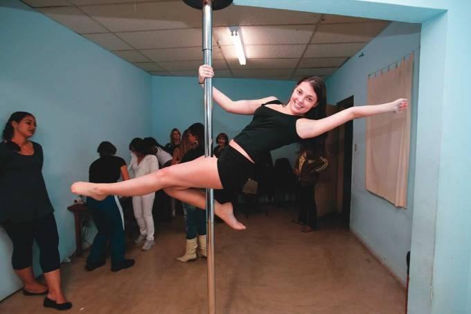 pole-dance-017.jpeg