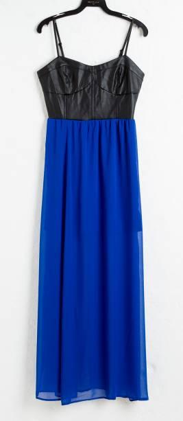 Vestido longo bicolor. R$ 103,90.