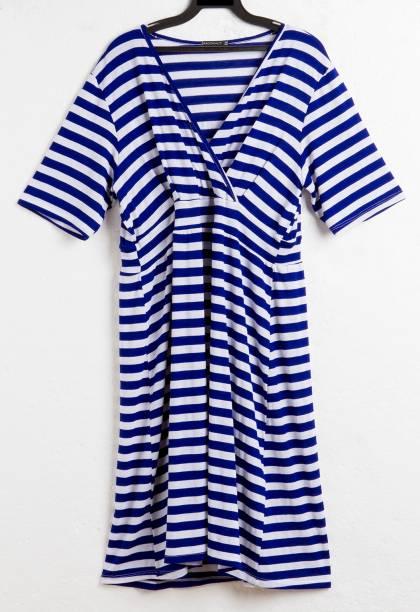 Vestido estilo bata. R$ 49,90.