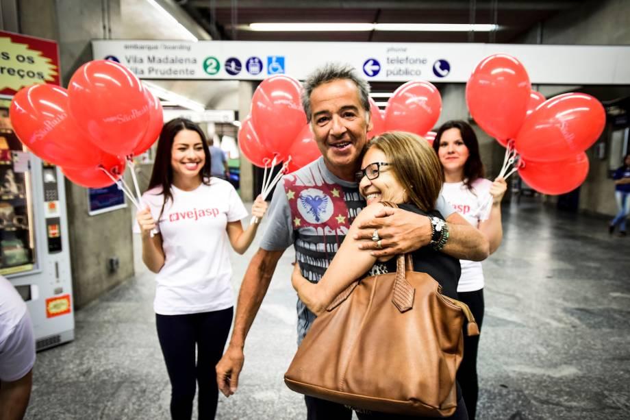 O roqueiro Nasi cantou para os paulistanos na estação Ana Rosa