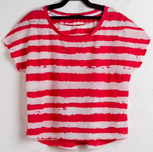 Camiseta cropped: R$ 49,90.