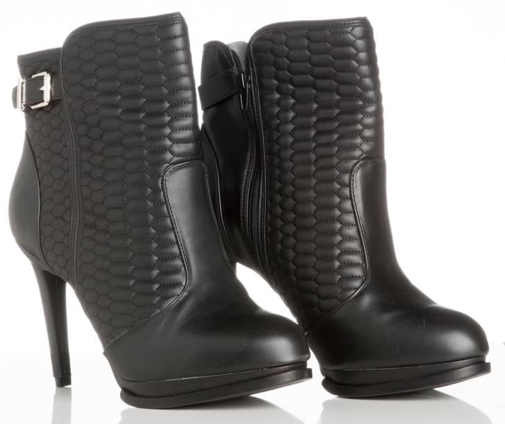 Ankle boot matelassê. R$ 159,90.