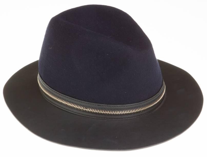 Chapéu de feltro. R$ 179,00.