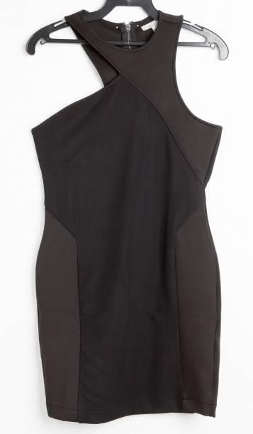 Vestido de elastano. R$ 149,00.