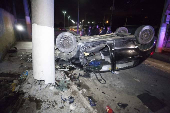 carro-acidente.jpeg