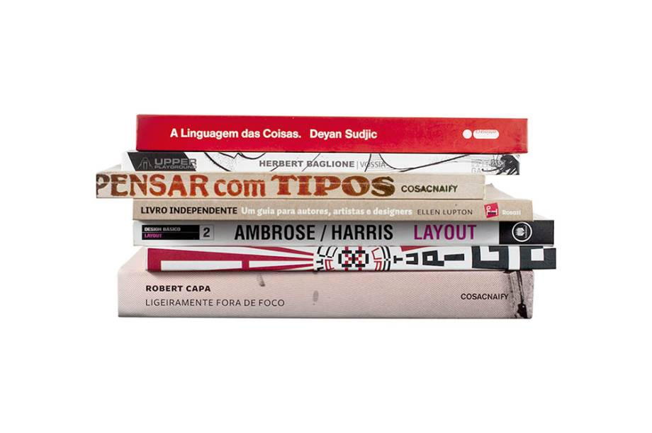 Prateleira de ferro que não aparece quando os livros são dispostos em cima dela: R$ 122,00