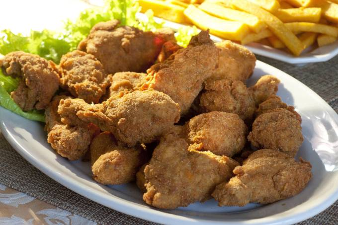 frango-a-milanesa-com-polenta-frita-do-restaurante-sao-judas-tadeu.jpeg