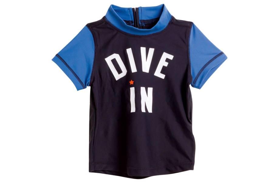 Camiseta infantil para praia e piscina