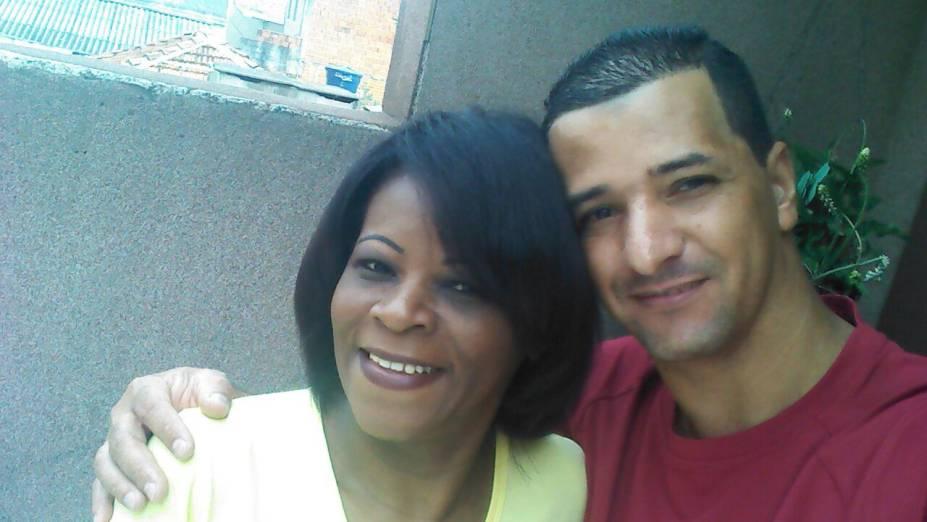 Com a mulher, Rita: história de amor que começou por insistência dele