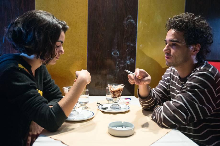 Califórnia: Clara Gallo e Caio Blat