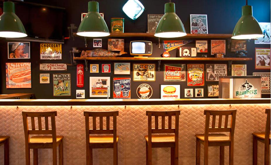 Big Kahuna Burger: decoração do ambiente