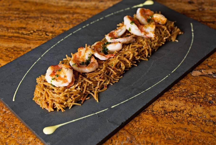 Inclusão no menu: fideuà de camarão