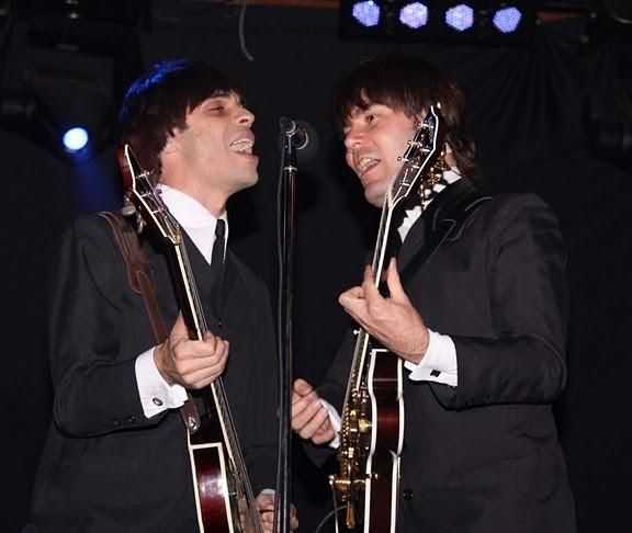 All You Need Is Love dedica-se a covers de temas dos Beatles