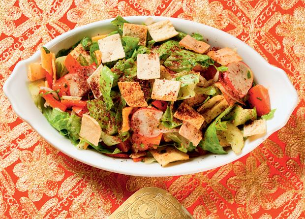 Salada fatuche do Almanara