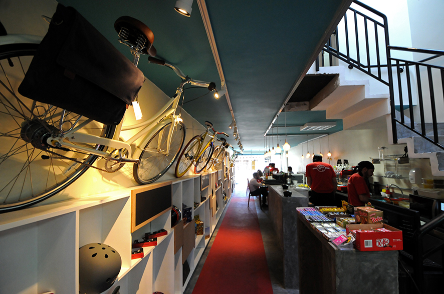 Aro 27: bicicletas à venda fazem parte da decoração