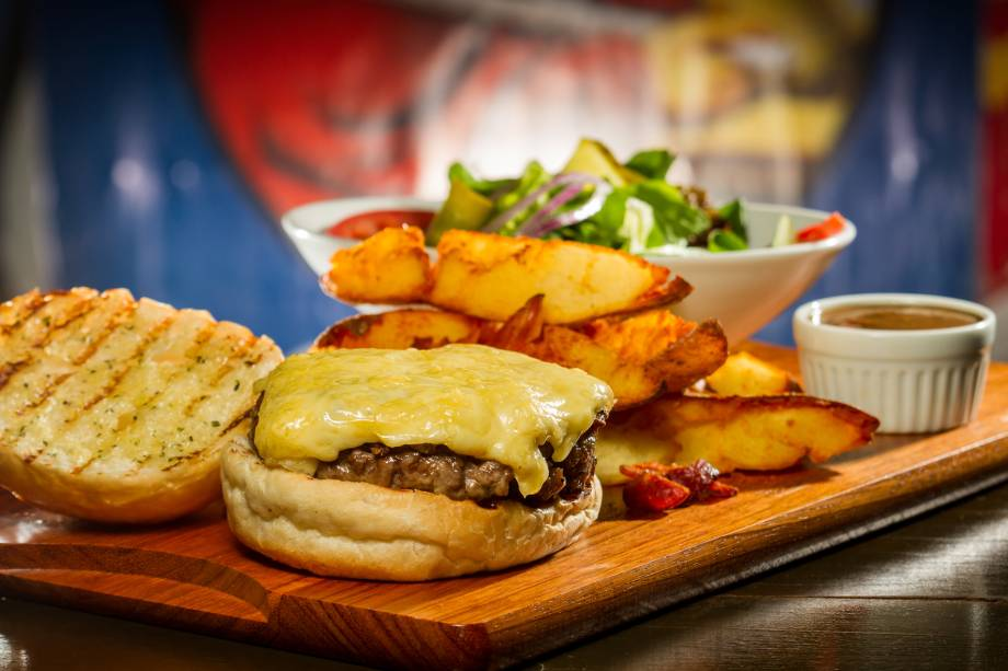The Old Fashioned Burger: lanche é inspirado no prato consumido na série de TV Mad Men