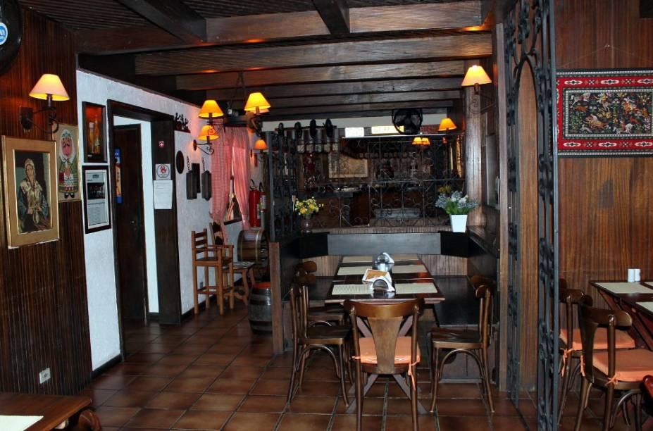 Bierquelle: restaurante oferece pratos feitos à moda antiga