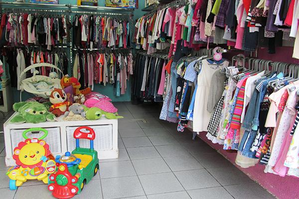 Brechó Xereta Kids: roupas, brinquedos e acessórios de grifes a partir de 10 reais