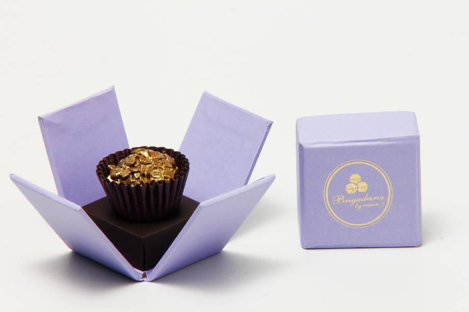 Joia de chocolate, na Brigadeiros by Cousins: brigadeiro polvilhado com ouro (R$ 58,00 cada um)