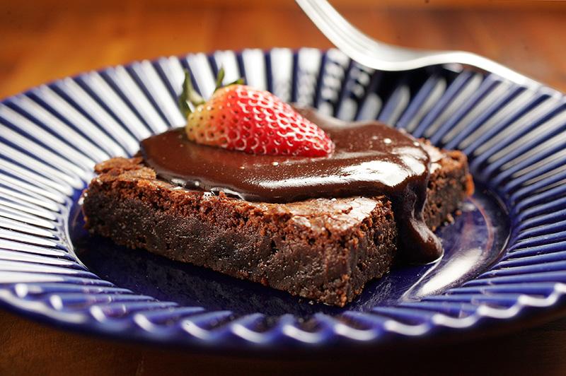 Brownie com calda de ganache: livre de glúten e lácteos, como todos os produtos da padaria