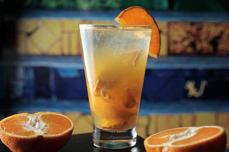 Caipirinha de tangerina com cachaça mineira