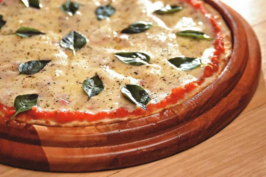Uma das coberturas mais pedidas da pizzaria Camelo: a clássica margherita