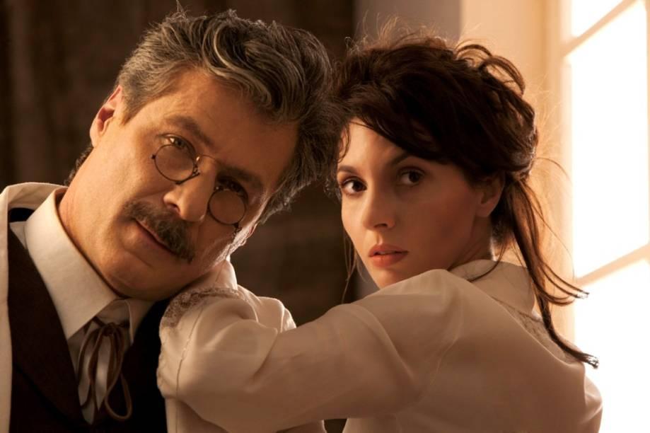 Leopoldo Pacheco e Melissa Vettore em Camille e Rodin: gênios de carne e osso