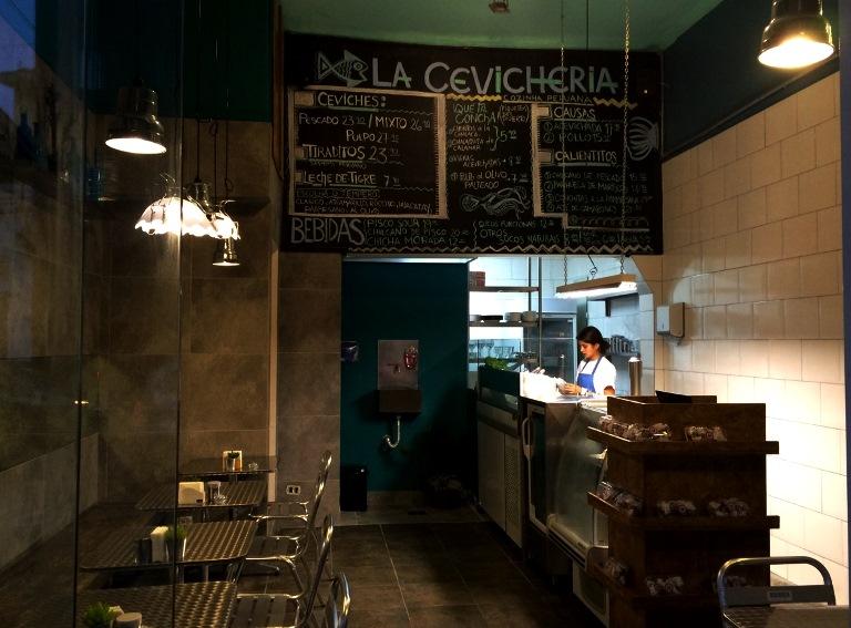La Cevicheria: salão para apenas 12 pessoas