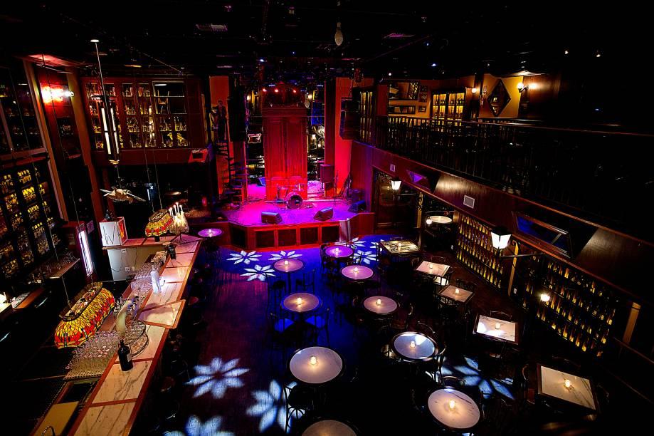Ambiente do Charles Edward, bar no Itaim
