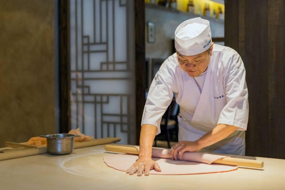O chef japonês Koichi Mori