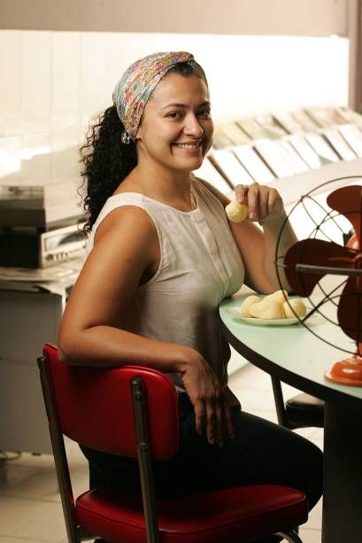 A chef Talitha Barros, responsável pelo cardápio e pela seleção musical