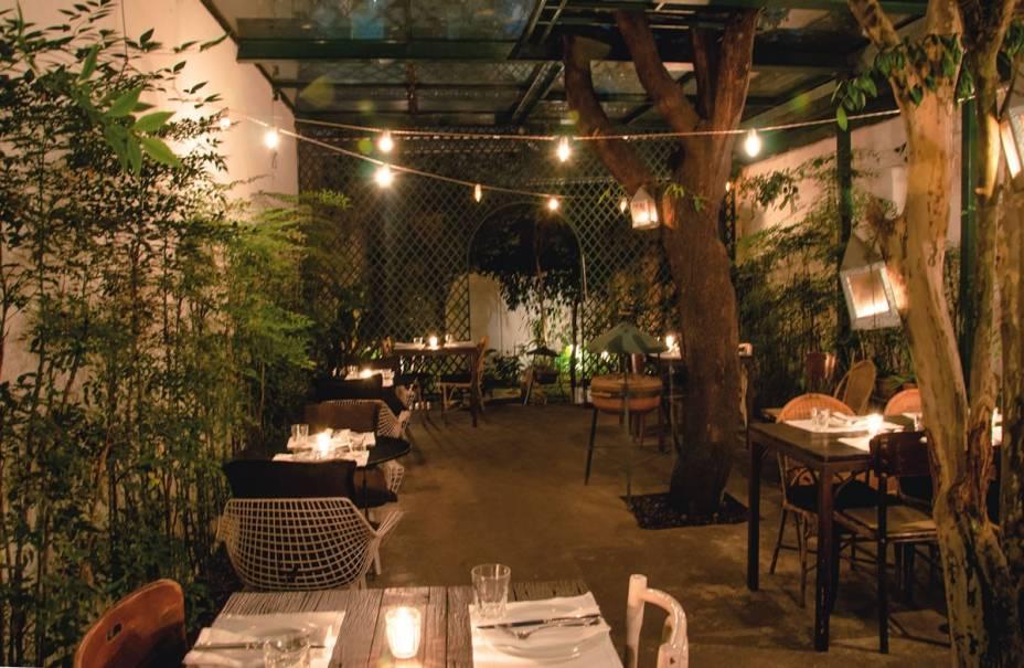 Quintal do variado Chou: o melhor lugar para provar os pratos da chef e proprietária Gabriela Barretto