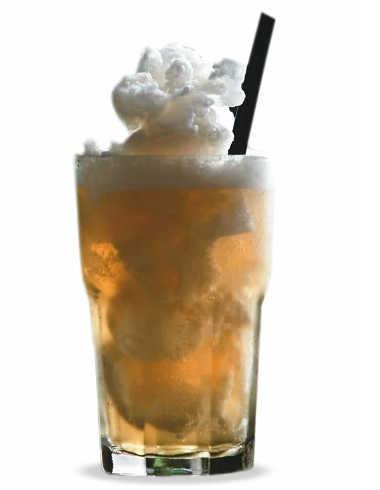 Chá-vermelho gelado: incrementado por casca de laranja