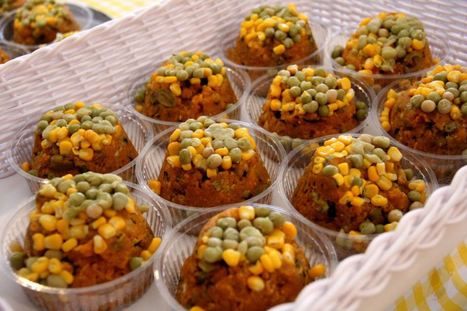 Festa do Milho Verde: cuscuz é um dos quitutes vendidos no evento