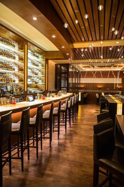 O ambiente do bar, que serve menu mais simplificado