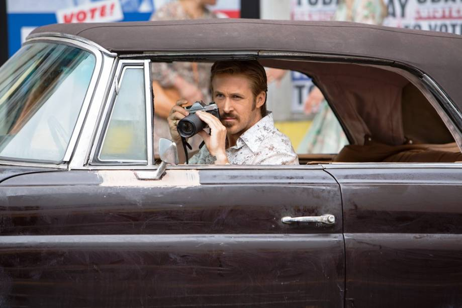Dois Caras Legais: Ryan Gosling vive Holland March, um detetive particular sem sorte
