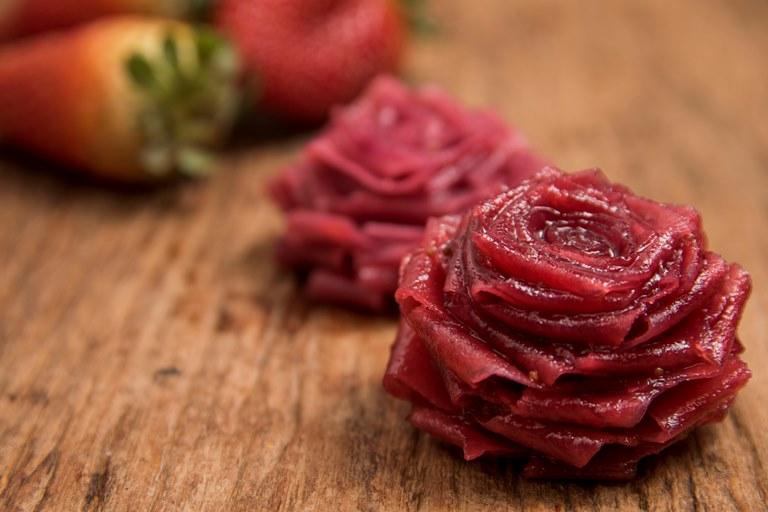 Rosa de fita de coco: preparação artesanal