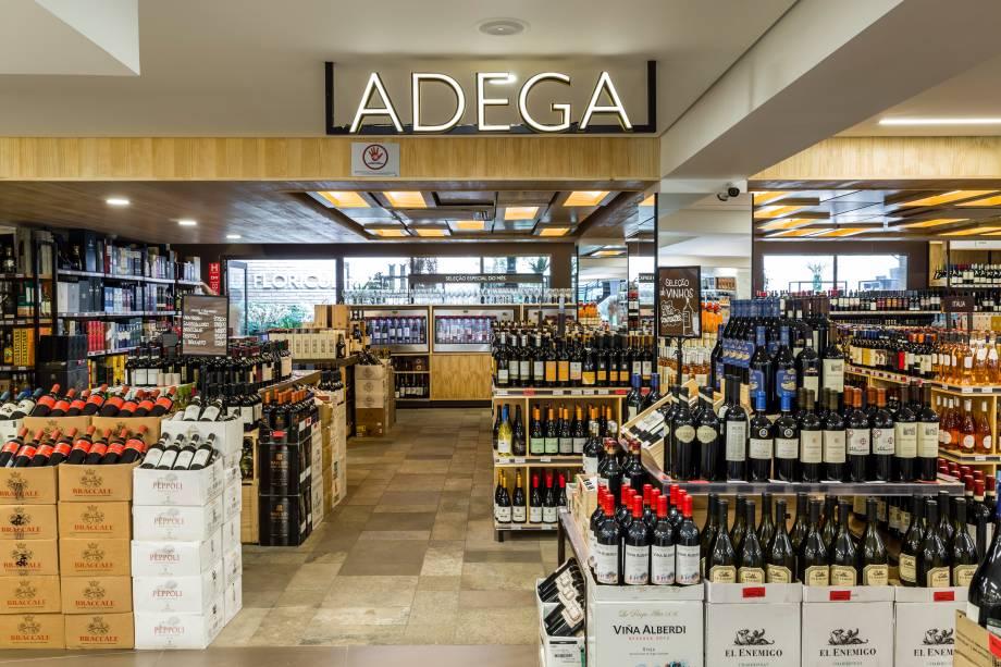 Adega: seleção de vinhos tem 1350 rótulos